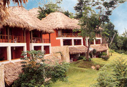 Bungalows in Camino Real Tikal